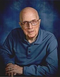 Ralph Merle Toyne obituary photo