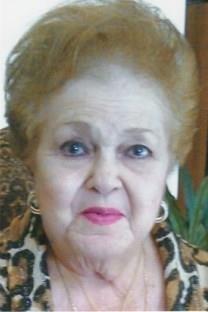 Julia Bell obituary photo