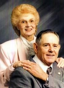 Nita Aileen Mills obituary photo