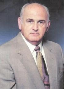 Frank Robert Lavender obituary photo