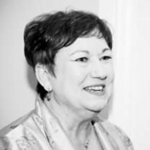 Joy Raynal Lowe