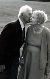 Berenice Hewitt Lothrop obituary photo