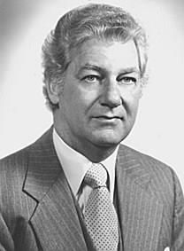 Clifton Elmer Gill obituary photo