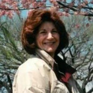 Joan Pearl Curd