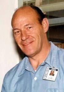 Frank Henry Strehle obituary photo