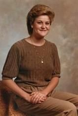 Suzanne Marshall Staggs obituary photo