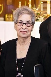 Laurinda S. Cunha obituary photo