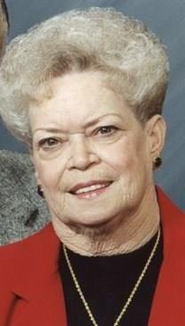 Nina J. McQueen obituary photo