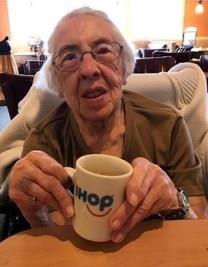 Dorothy May Dawe obituary photo