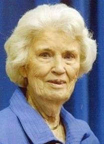 Marie Marshall obituary photo
