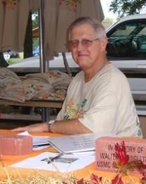 Lester Wade Towles obituary photo