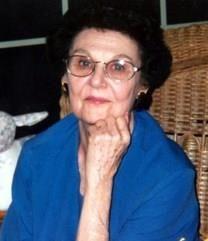 Bertrice Hoffmann Bell obituary photo