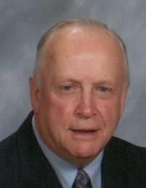 Reginald E. Vashon obituary photo