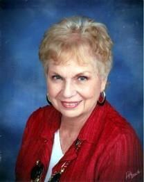 Betty Rowland Moore obituary photo