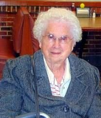 Mildred Davis obituary photo