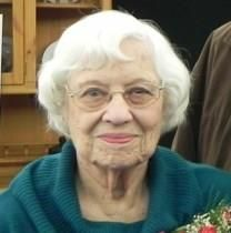 Mae H. Schultz obituary photo