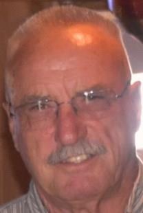 Doyle Linden Castor obituary photo