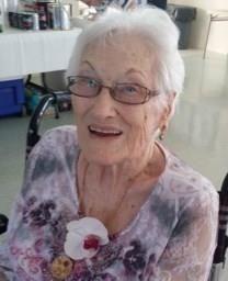 Eleanor Elizabeth Alazraki obituary photo
