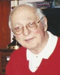 Willard Chamberlin Rankin obituary photo