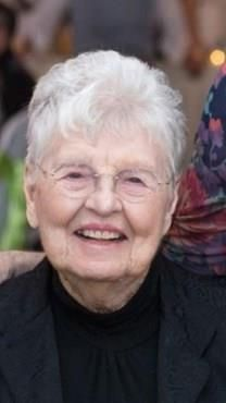 Annie Laurie Robinson obituary photo