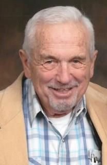 Tom Thomas Lewis obituary photo