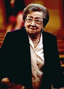 Dorothy H. Van Ornum obituary photo