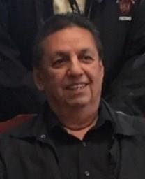 Leon D. Gonzales obituary photo