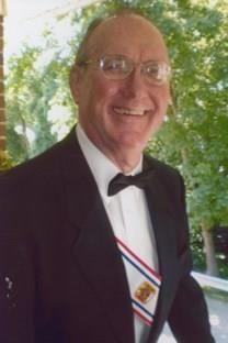 Richard D. Roth obituary photo