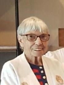 Helen M. NISSEN obituary photo