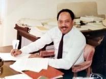 James R. Murphy obituary photo