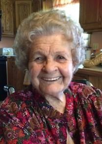 Clara Holler obituary photo