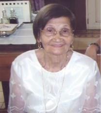 Dolores Azcueta Carbonel obituary photo
