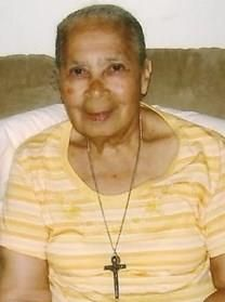 Elisaria Calder�n Artache obituary photo
