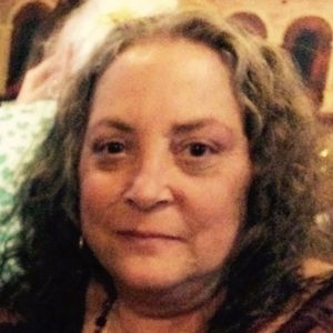 Maureen B. (Neves) Caires Obituary Photo