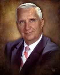 Robert L. Hunt obituary photo