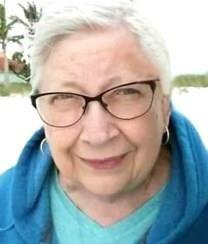 Ruth Carolyn Howard obituary photo