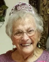 Nita Hautau Newman obituary photo