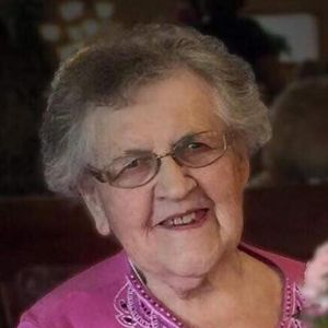 "Marcelline L. ""Marcy"" Rueter Obituary Photo"