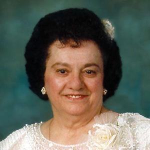 Elvira Direzze Obituary Photo