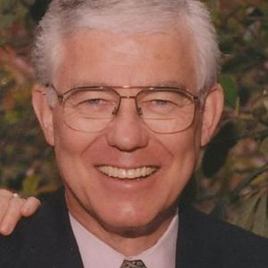 Lasell R. Johnson Obituary Photo