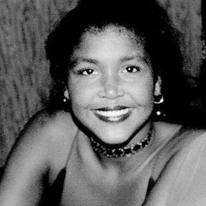 Ensa Cosby Obituary Photo