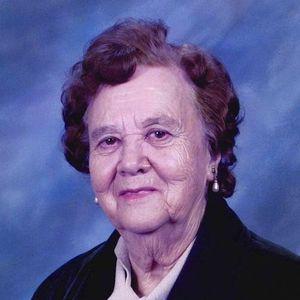 Ernestina Loya Gomez Obituary Photo