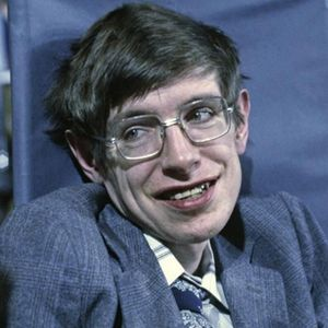 Stephen Hawking Obituary Photo