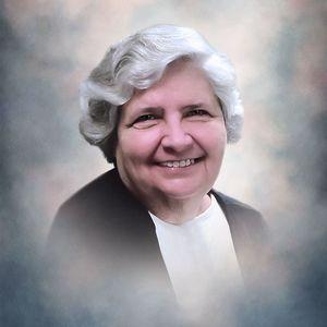 Gretchen L. Davis Obituary Photo