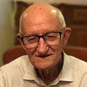 John Janusz Lewakowski Obituary Photo