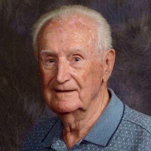 """Mr. Robert L. """"Bob"""" Davis"""