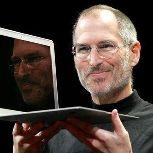 Steve Jobs Obituary Photo