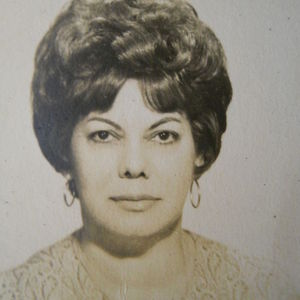 Mrs., Isolina Perez