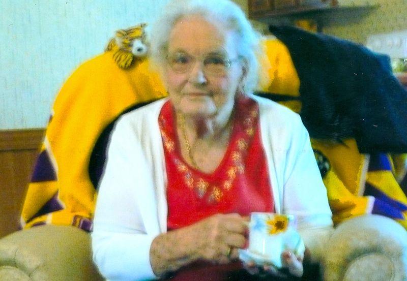 Ida meyer obituary chalemette louisiana st bernard - St bernard memorial gardens obituaries ...