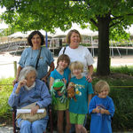 Deedie and Karen with Kathy, Ayley, Jessa, and Samara Shortridge at the zoo.